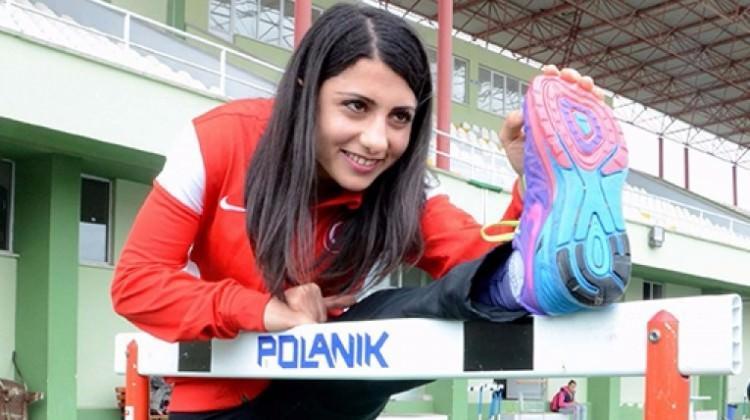 Atletizm Federasyonundan Milli atlete şok!