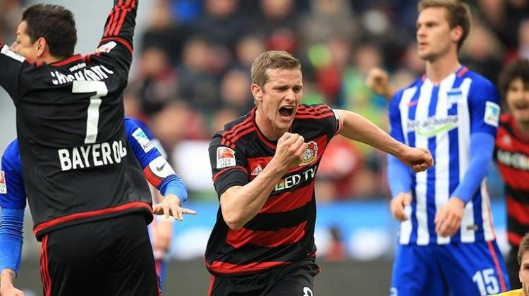 Leverkusen Devler Ligi'ni garantiledi