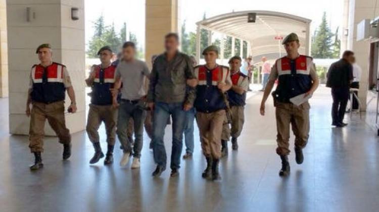 Tarihi eser kaçakçıları sosyal medyada yakalandı