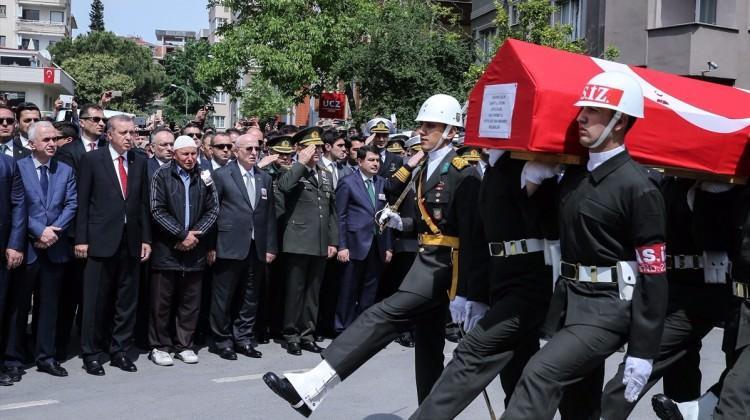 TBMM Başkanı, Erdoğan'la birlikte Mabeyn Köşkü'nde