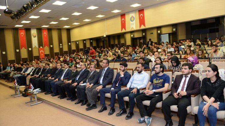 """KSÜ'de """"Arap Baharı ve Suriye"""" paneli"""