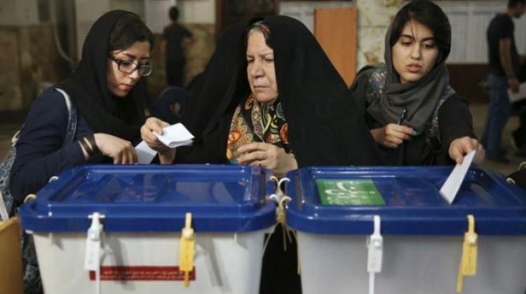İran sandık başında! Oy verme işlemi başladı