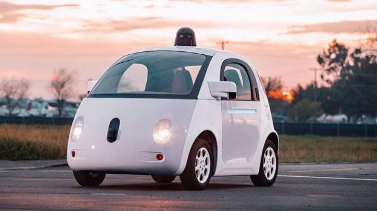 Google'dan sürücüsüz otomobil için iş ilanı!