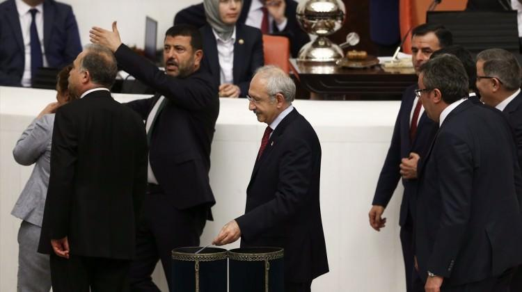 Twitter'da Kılıçdaroğlu'na ve CHP'ye tepki yağıyor