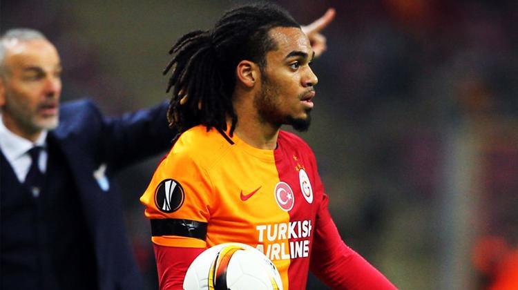 Kupayı kaldırdı Galatasaray'a veda etti!