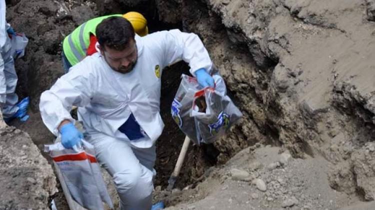 Siverek'te yapılan kazıda kemik ve tünel bulundu