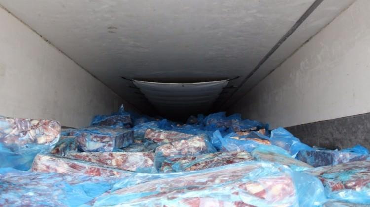 4.1 milyonluk kaçak kırmızı et yakalandı