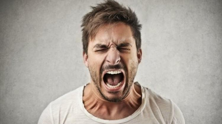 Oruçluyken öfkenize yenik düşmeyin
