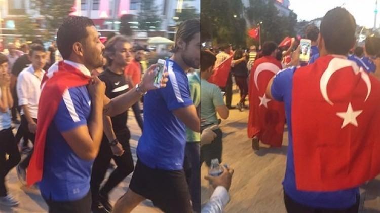 Andre Santos, Türk bayrağıyla yürüdü!