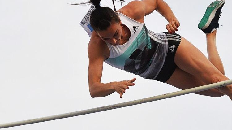 Efsane şampiyon Yelena Isinbayeva bıraktı!