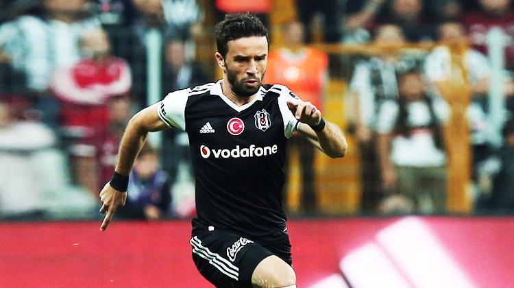 Gökhan Gönül Fenerbahçe'yi hatırlattı