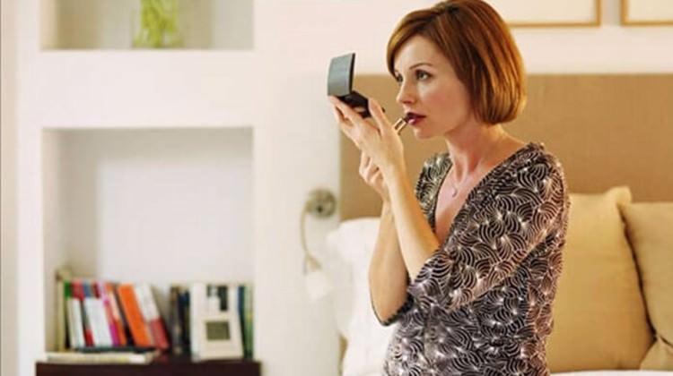 Hamilelikte bu kozmetikleri kullanmayın!
