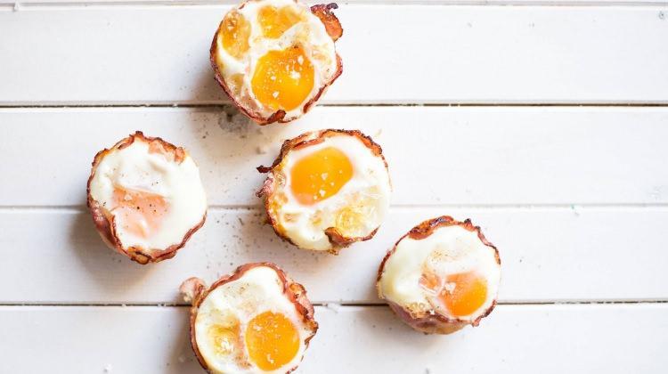 Pastırmalı yumurtalı muffin tarifi