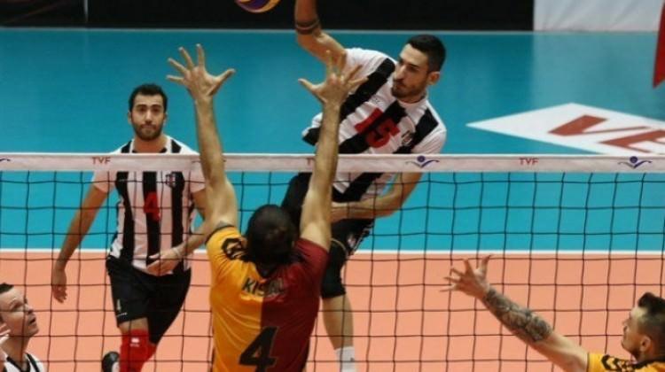 Galatasaray derbide Beşiktaş'ı yıktı