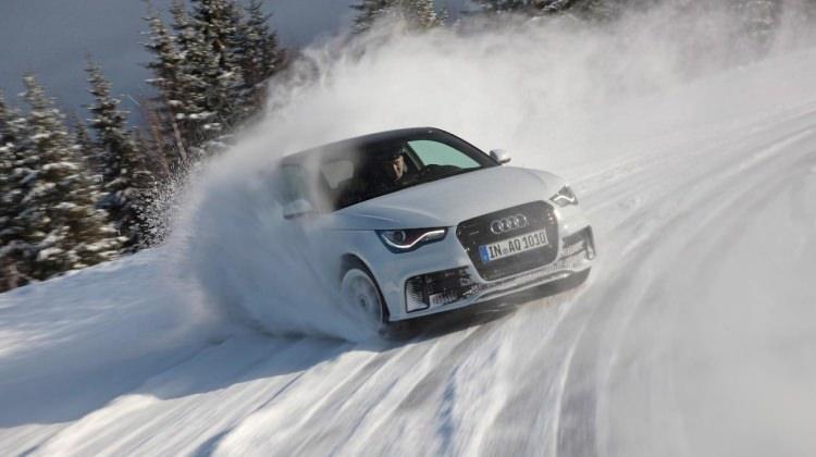 Karlı yolda araç kullanırken nelere dikkat etmeli?