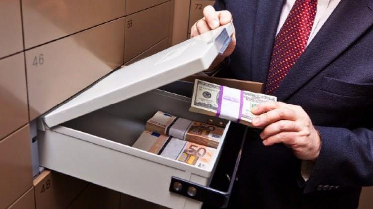 Bank Asya'daki kiralık kasalara gözaltı