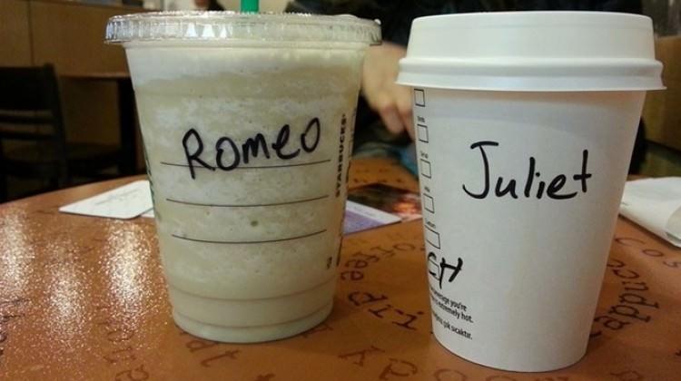Starbucks neden isimleri yanlış yazar?