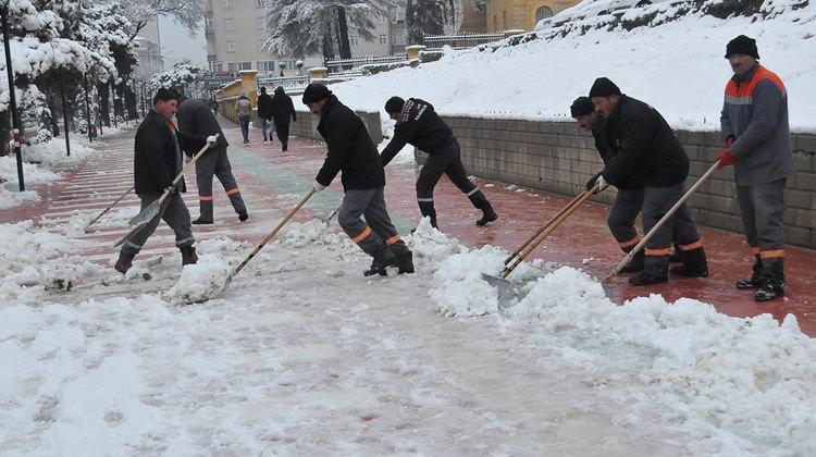 11 Ocak'ta Sivas, Yozgat, Çorum okullar tatil mi? Hava durumu