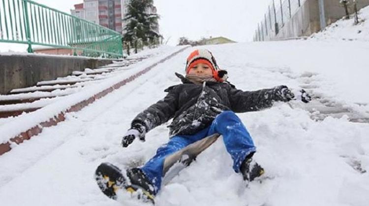 Ankara'da hava durumu! 10 Ocak okul yok mu?