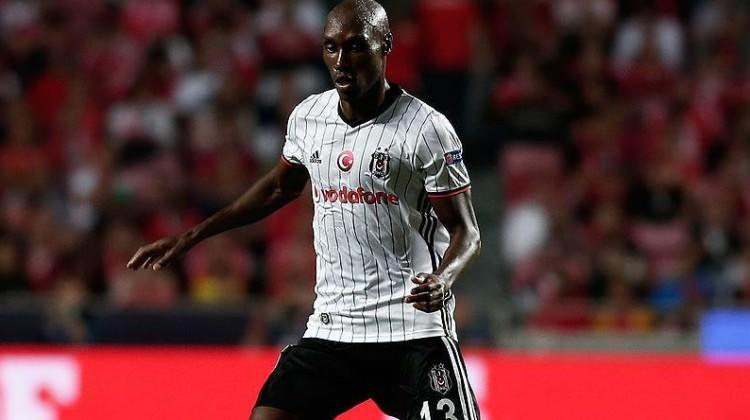Beşiktaş'a Atiba'dan kötü haber!