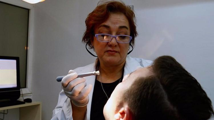 Ağız kanserine karşı Türk Prototip fırça 88