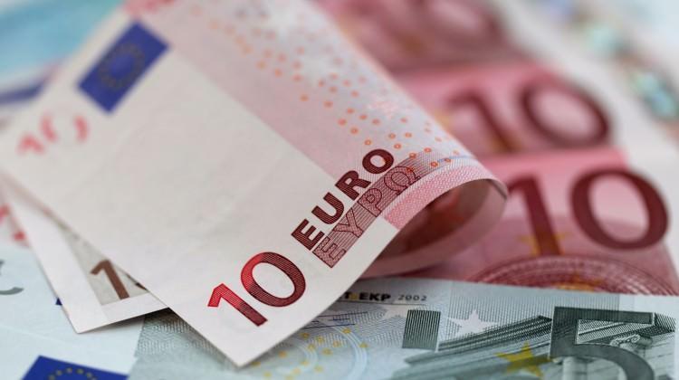 Euro'nun pabucu dama mı atılıyor?