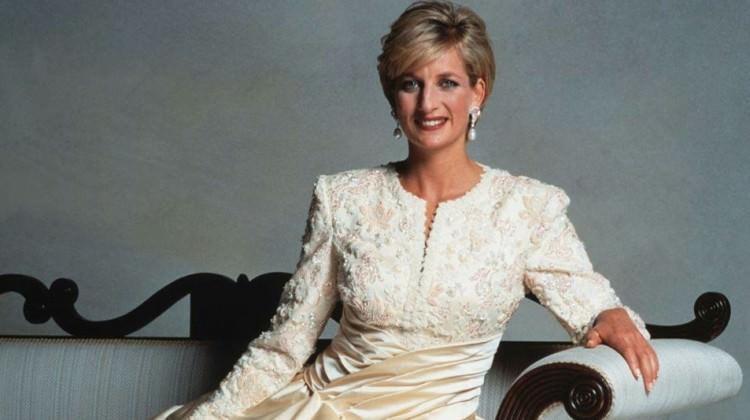 Prenses Diana'nın modası sergi oluyor