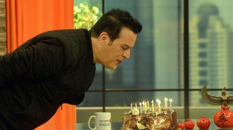 Hakan Peker doğum gününü kutladı