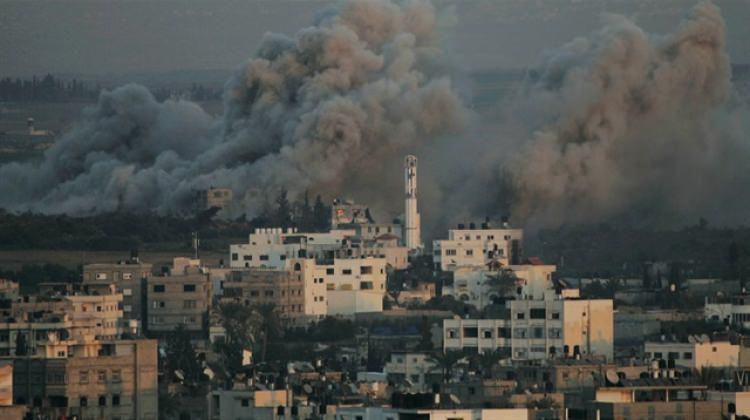 İsrail jetleri Gazze'yi vuruyor!