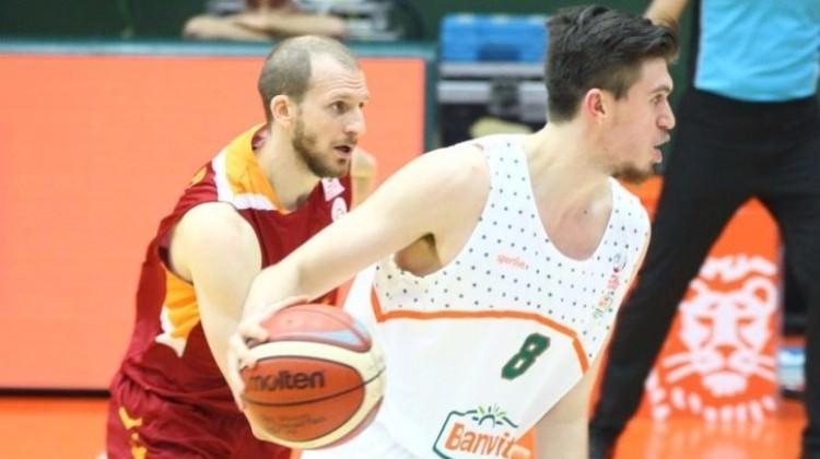 Banvit, Galatasaray'ı devirdi
