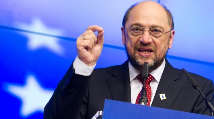 %100 oy oranıyla seçilen Schulz'dan küstah sözler