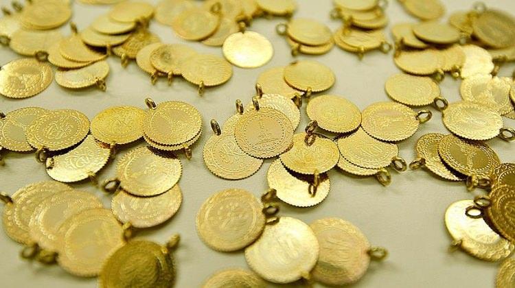 Altın iki haftanın en yükseğini gördü