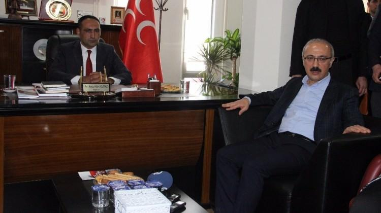 Bakan Elvan'dan MHP İl Başkanlığı'na ziyaret