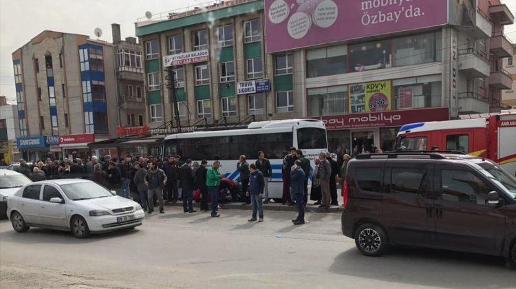 Başkentte trafik kazası: 2 ölü, 1 yaralı