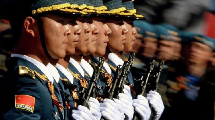 Çin ordusundaki 18 kolordudan 5'i dağıtılıyor