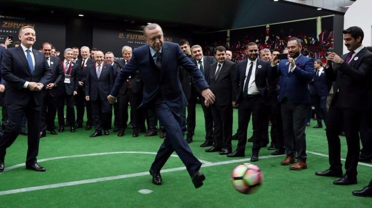 Erdoğan'dan dünyaca ünlü yıldıza penaltı golü