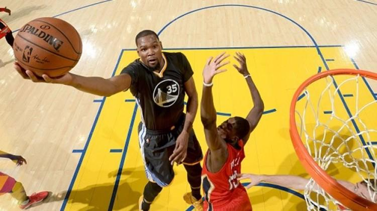 Golden State Warriors seriye bağladı!