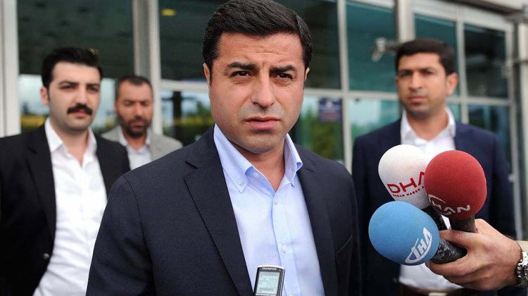 Tutuklu bulunan HDP'li Selahattin Demirtaş hakkında karar verildi