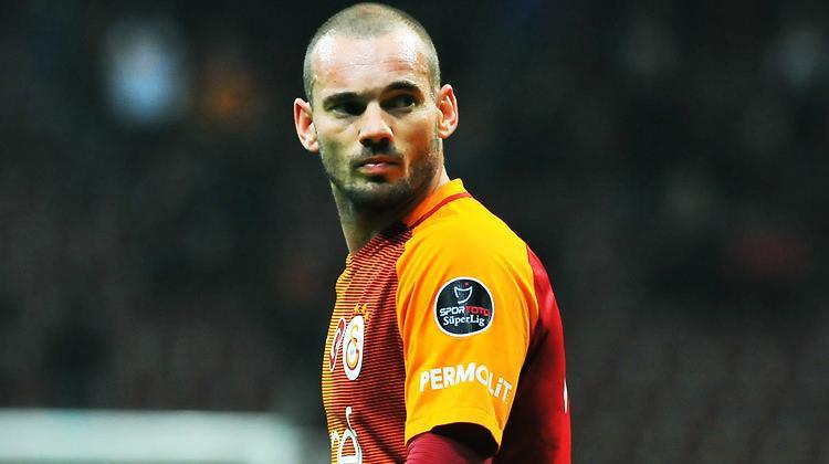 Fransız basını yazdı! Sneijder gidiyor