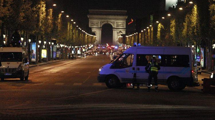 Paris saldırısı ile ilgili aranan kişi teslim oldu