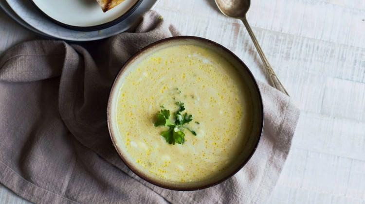 Kremalı kuşkonmaz çorbası tarifi