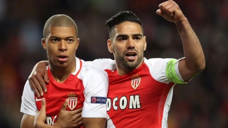 Monaco Dortmund'u evine gönderdi