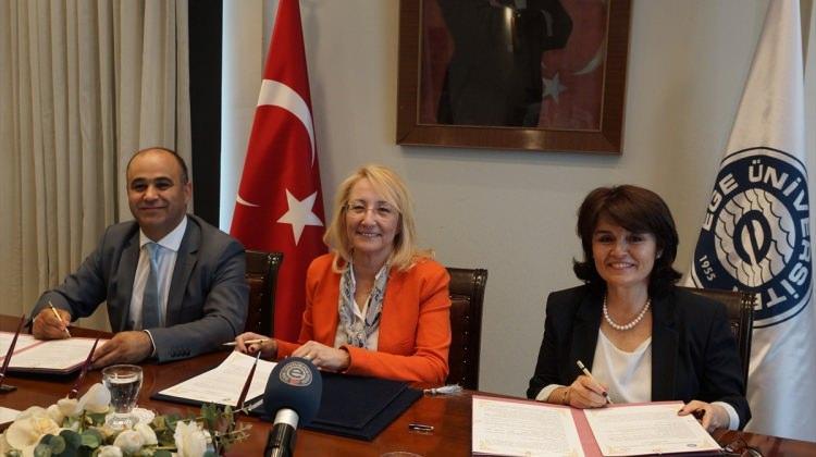 EÜ ile İzmir MEM arasında dijital işbirliği protokolü