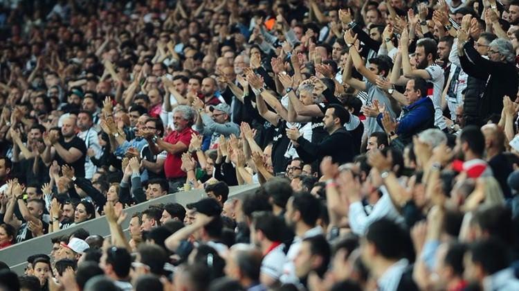 Beşiktaş maçı için taraftar kararı!