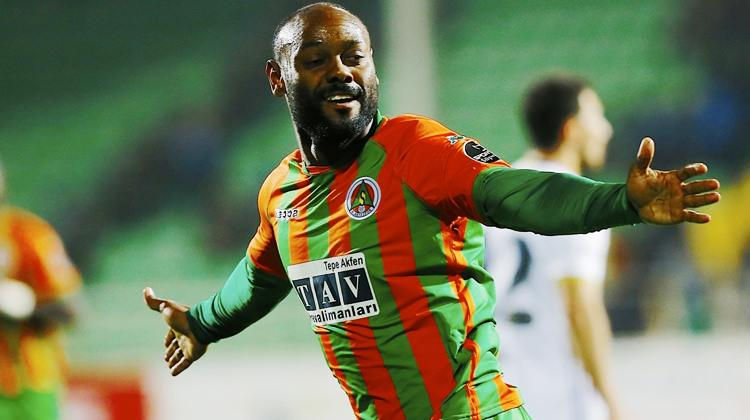 Transfer bombası patladı! Vagner Love Beşiktaş'ta