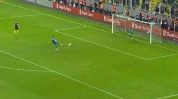 Volkan Demirel o penaltıyı anlattı!
