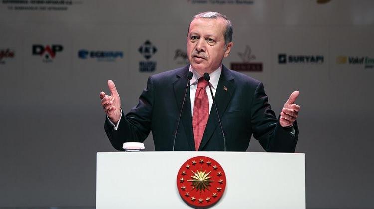 Erdoğan skandalı anlattı! İmparatorun hediyesi...
