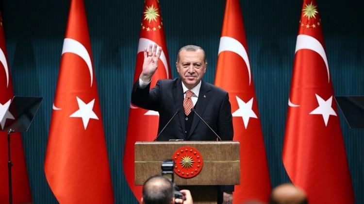 Erdoğan'dan salondakileri güldüren İzmir sözleri