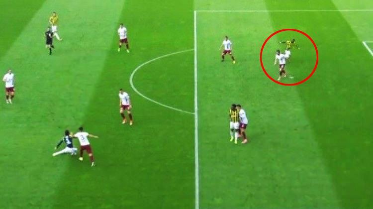 F.Bahçe'nin golünde Trabzonluları çıldırtan hata!