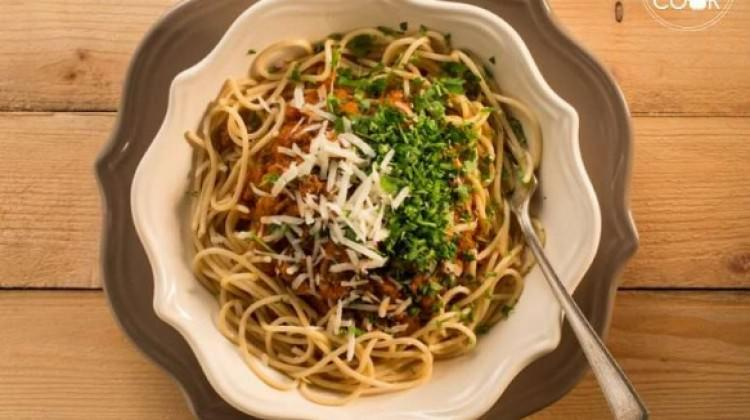 Sığır bolonez soslu spagetti tarifi